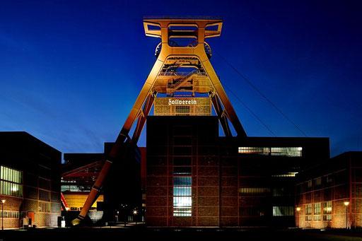 Essen - Zeche Zollverein bei Nacht