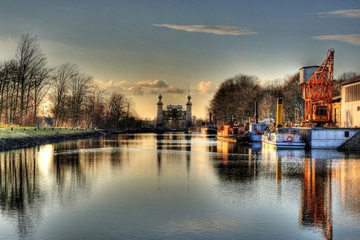 Sonnenuntergang am Alten Schiffshebewerk Henrichenburg