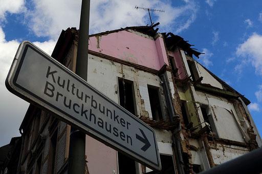 Beeck/Bruckhausen - Bombenangriff oder Abriss?!?!?!?!?