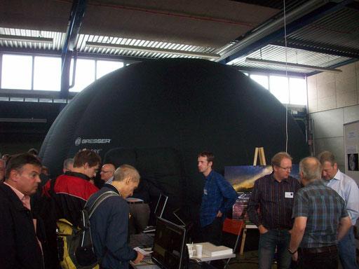"""Das """"Aufblasbare Planetarium"""""""