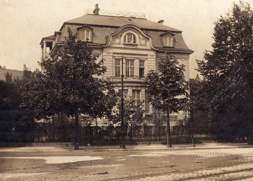 Villa Simms, Heilwigstraße 29