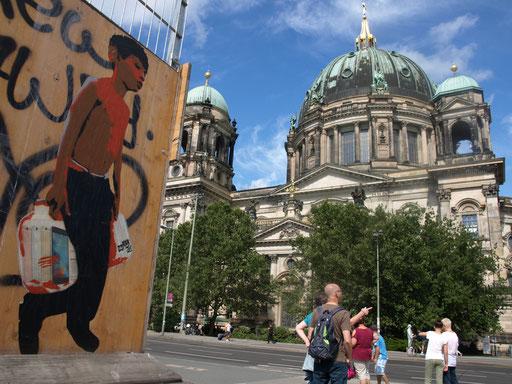Berlin - Karl-Liebknecht-Straße (Ggü. Berliner Dom)