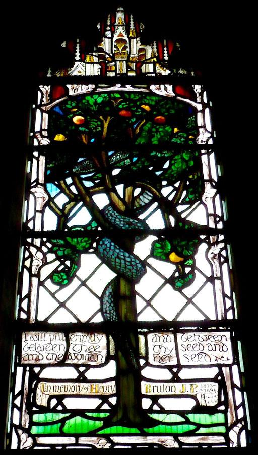 L'ennemi du genre humain, cathédrale de Gloucester, Grande-Bretagne