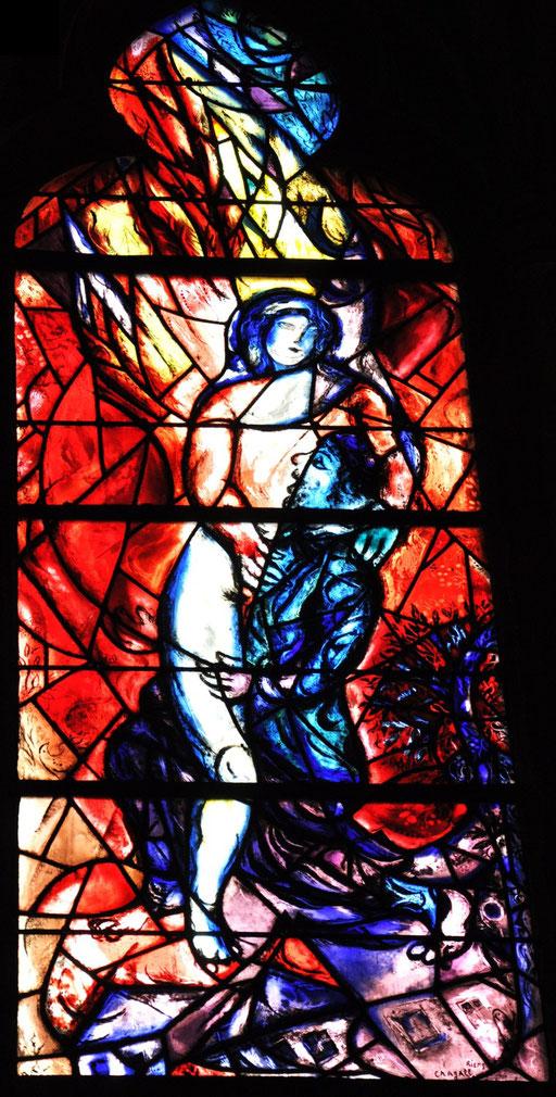 Jacob lutte avec l'ange, vitrail de Marc Chagall, cathédrale de Metz
