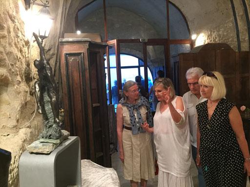 Renata entourée de Lydia Harambourg,  Annie Cardin-Frachon et Jean Frachon......