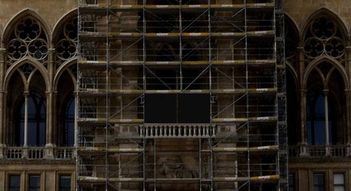 "Wiener Rathaus, Turmloggia mit virtuell entferntem, rückgebautem ""Hitler-Balkon"", 2019 ©: Memory Gaps"
