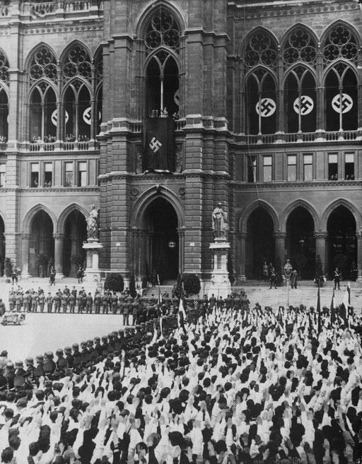 Tag des Großdeutschen Reiches in Wien. Foto: Weltbild, ©: ÖNB Bildarchiv und Grafiksammlung