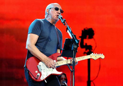 Pete Townshend rockt mit den Rest-WHO... Foto. Fabrice Demessence
