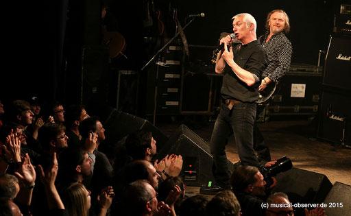 """""""Wichtig für unser Überleben ist sicher auch gewesen, dass wir eine großartige Live-Band sind"""", sagt Morley."""