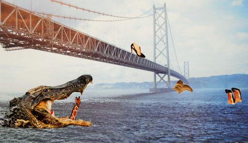 Hier wurde mit Hilfe unrealistischer Größenverhältnisse ein surrealer Eindruck erweckt: Krokodil/ Giraffe