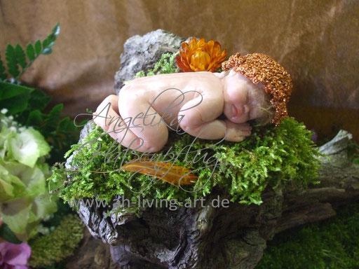 Ooak Mini Baby aus Polymer Mia