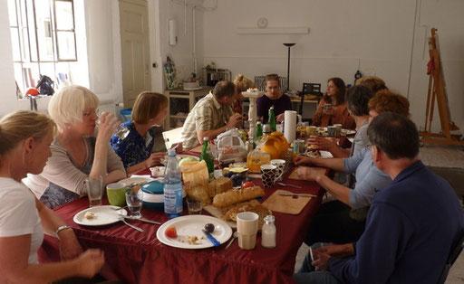 Künstlerfrühstück bei Sabine Dohr im Atelier für Ausdruckmalen im September