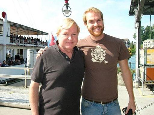 Gary und David beim Bootsausflug in der Schweiz