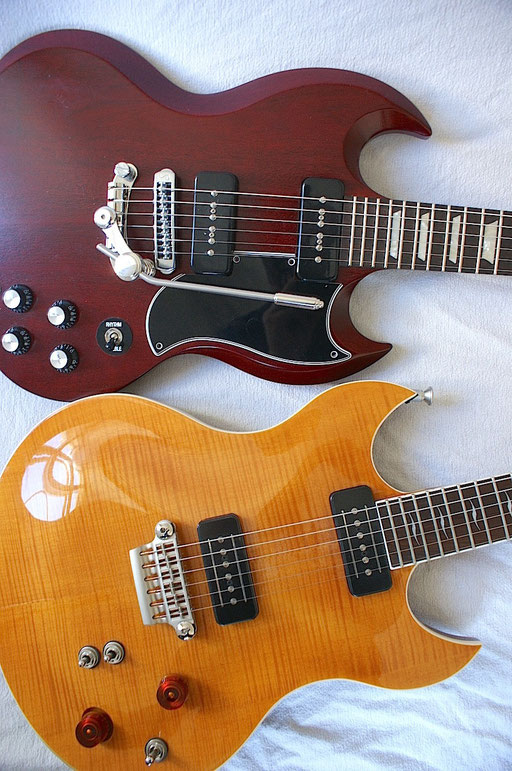 Compare this Gibson  SG to a guitar approximately 50 years younger, the fantastic VOX SDC-55! click to enlarge