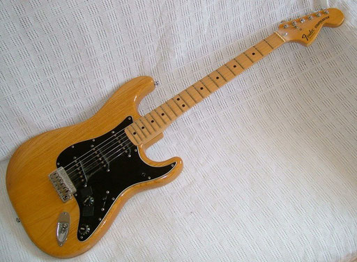 Fender Stratocaster (USA 1979) Polyester heaven, built like a tank and at least as heavy...