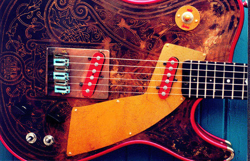 Girlbrand Societygirl! A different guitar with the same amazing engravings. Zemaitis or Trussart? Girlbrand!