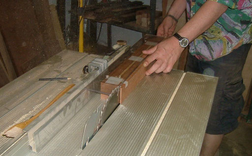 Thankfully Thomas did this dangerous job for me, too. Sawing the taper