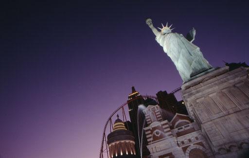 A Las Vegas casino's condensed version of New York icons.