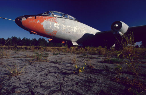 Stripped of its markings, a B-57 sits at a base in Florida. For much of the Cold War period, B-57s with Mk 7 nuclear bombs were tasked to make high-speed, low-level attacks on the Soviet Union, China, and North Korea from bases in Japan and South Korea.