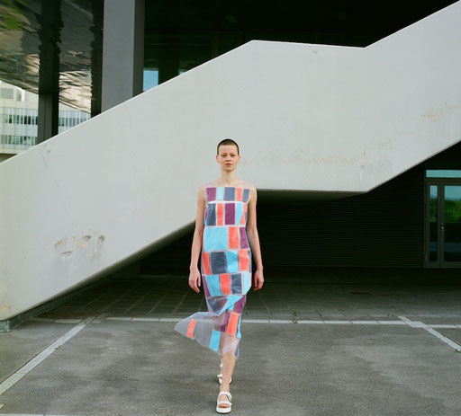 """""""KV 107"""" / Design: Monika Riedmüller, Model: Ilva, © Nina Kreuzinger, 2014."""