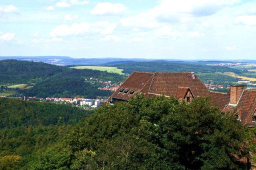 Blick von der Wartburg in die Thüringer Wälder