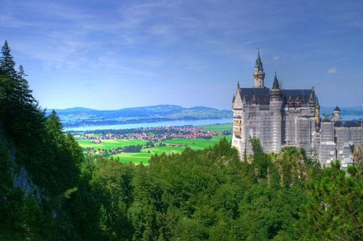 Das Märchenschloss von der Marienbrücke aus. Leider mit Baugerüst.
