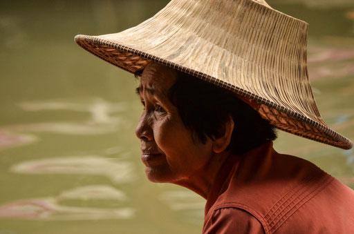 Marktfrau (Schwimmende Märkte von Damnoen Saduak)