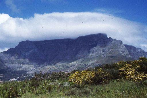 Kapstadt (Tafelberg) leider etwas in Wolken verhüllt
