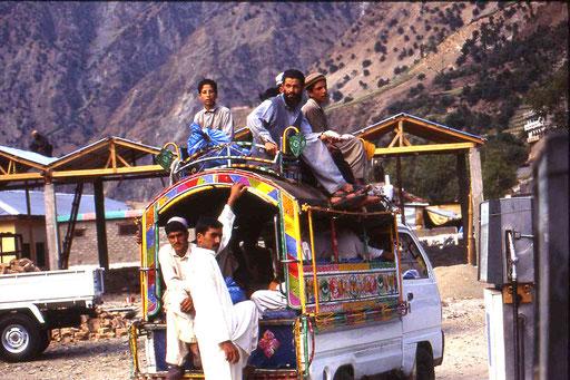 Sammeltaxi im Karakorum