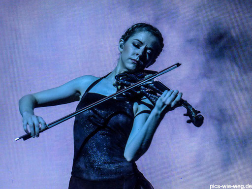 Godess of violin