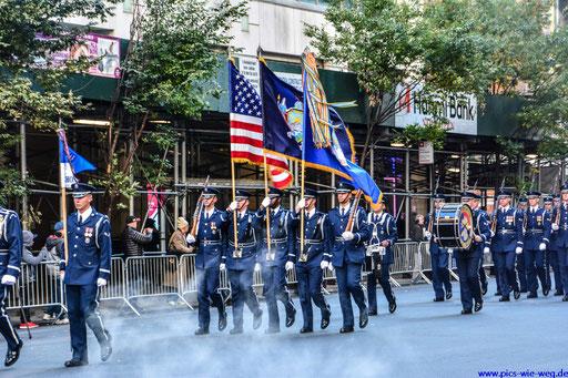 Veteranen Tag in den Straßen New Yorks