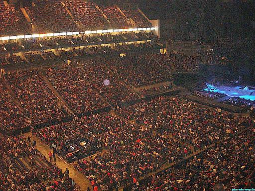 20.000 begeisterte Zuschauer bei Miley Cyrus´  Konzert in der O2-Arena