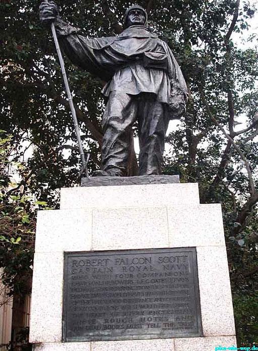 Denkmal für Robert Falcon Scott, der sich mit dem Norweger Roald Amundsen einen erbitterten Kampf um den Südpol lieferte und dabei ums Leben kam
