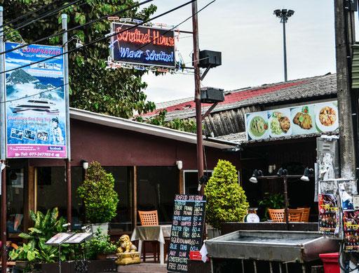 Auch das ist typisch Thailand - aber wahrscheinlich überall auf der Welt - Essen wie bei Muttern