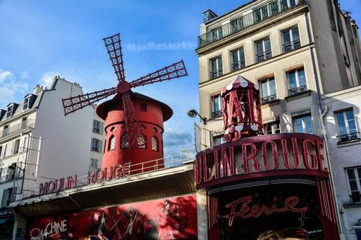 Moulin Rouge - hier begann unser Spaziergang durch Montmatre. Du kannst den Rundgang auch vom Place Pigalle beginnen. Metrostation: Pigalle