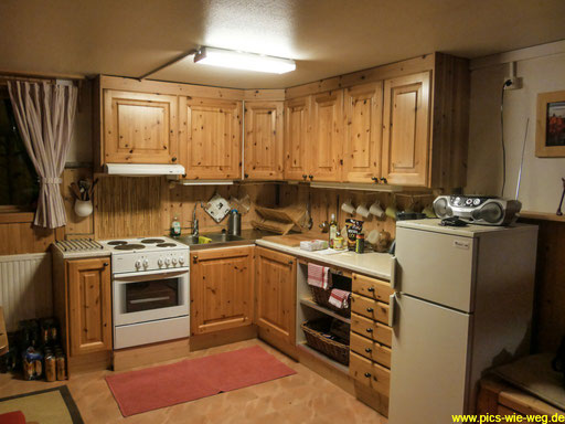 Einsamkeit mit Komfort. Die Küche in unserem Farmhaus.