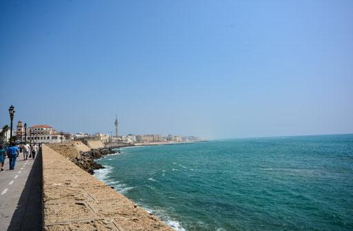 Uferpromenade in Cadiz. Ein längerer Aufenthalt lohnt sich bestimmt.