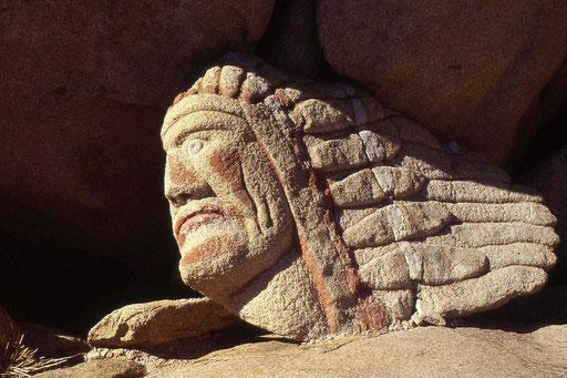In Stein gehauener Indianerkopf in Mesa Verde (U.S.A)