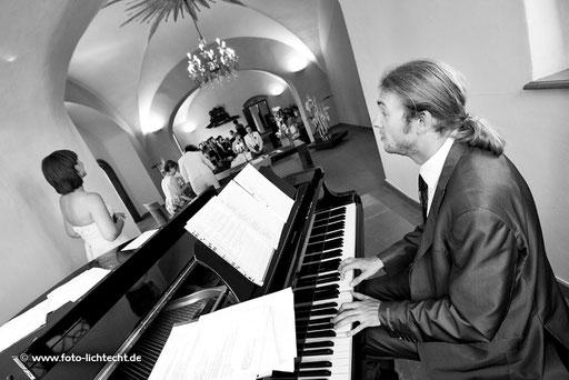 wasserschloss klaffenbach, heiraten, Trauung, Hochzeit, karsten am kla4, klavierspieler, chemnitz