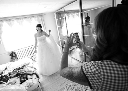fotograf gelenau, Hochzeit gelenau, fotostudio lichtecht, hochzeitsfotografie erzgebirge, getting ready, hochzeitsreportage, fotograf chemnitz, hochzeitsfotograf gelenau, fotostudio gelenau, fotograf