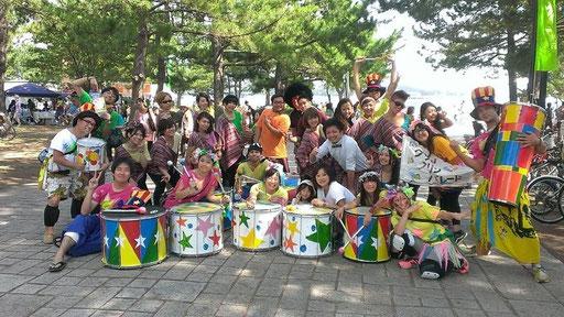 クリンクリンパレード隊長のももちゃんとGQjam、RISOで記念写真!
