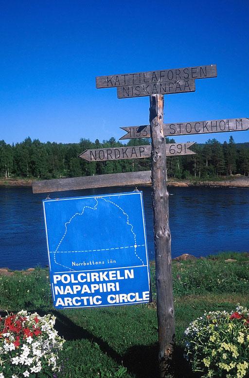 Suède,08 1997,passage du cercle polaire