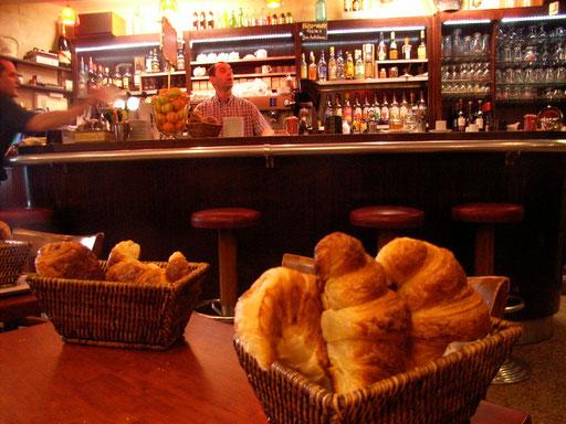Croissnat Breakfast Aix-en-Provence