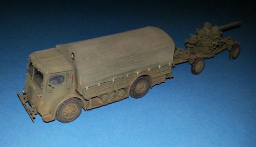 Tracteur Berliet du 75mm anti-aérien modèle 32