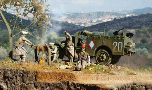 Infanterie coloniale française autour d'un méchoui