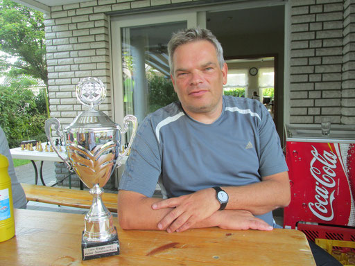 Der Gewinner des Pokals, Thomas Biernath