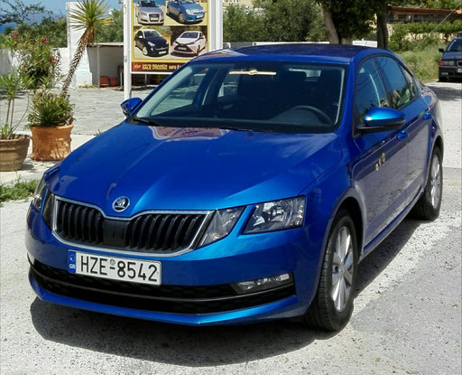 Skoda Oktavia TSI - very large trunk!