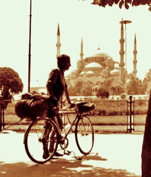 mit meinen letzten Reserven erreichte ich das Zentrum von Istanbul