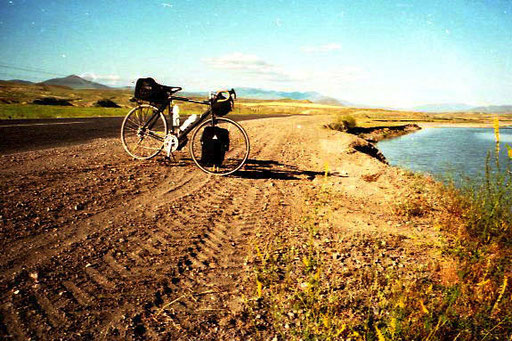 traumhaft der Flußlauf des Aras in Richtung Kars