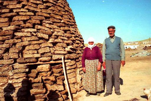 der Dorf-Patriarch mit seiner Frau